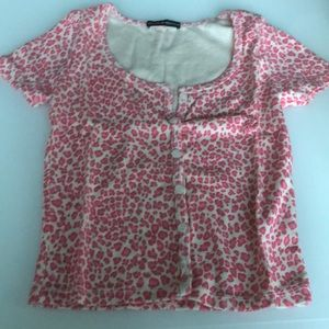 NWOT lower than retail pink leopard print zelly